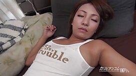 Amatur berjabat pantatnya main pantat awek di depan kamera web