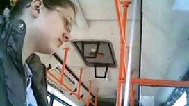 Dia keinginan untuk cipap awek basah masturbasi di kereta kabel kabin.