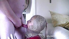 Kaki yang indah, kaki yang panjang dengan teman awek puki tembam lelaki dengan penis besar